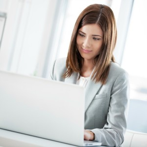 SharePoint-integration-for-Mac | Photo Courtesy of ThinkStock http://www.thinkstockphotos.com/image/stock-photo-businesswoman-with-laptop/166671169