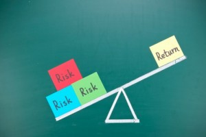 max-Sharepoint-ROI | Photo Courtesy of ThinkStock http://www.thinkstockphotos.com/image/stock-photo-return-and-risk-imbalance-concept/462424625