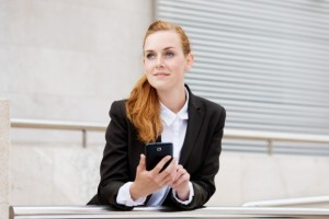 offline-sharepoint-content | Photo Courtesy of Depositphotos http://depositphotos.com/26523101/stock-photo-Smiling-Attractive-Woman-With-Smartphone.html?sqc=22&sqm=1023&sq=283jv9